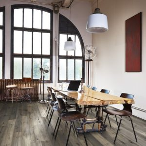 Kahrs Oak Fochia engineered flooring show in a dining room setting